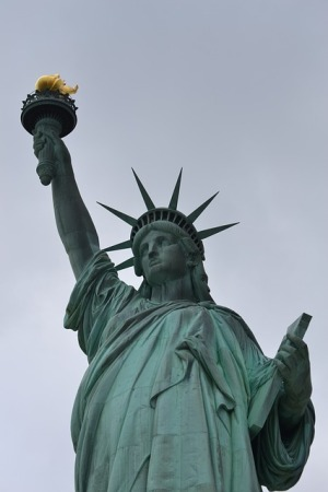 the-statue-of-liberty-1317833_640
