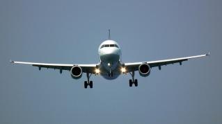 the-plane-1680980_1920